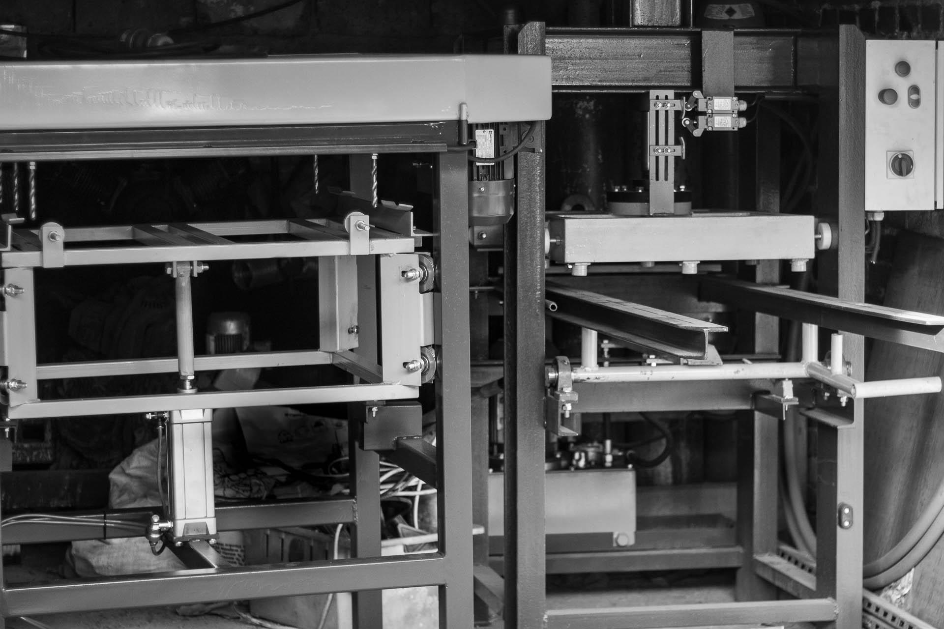 Maszyny do produkcji i naprawy palet oraz tartaczne